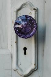 old-crystal-door-knobs